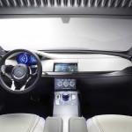 Jaguar'ın İlk SUV Modeli F-Pace 11